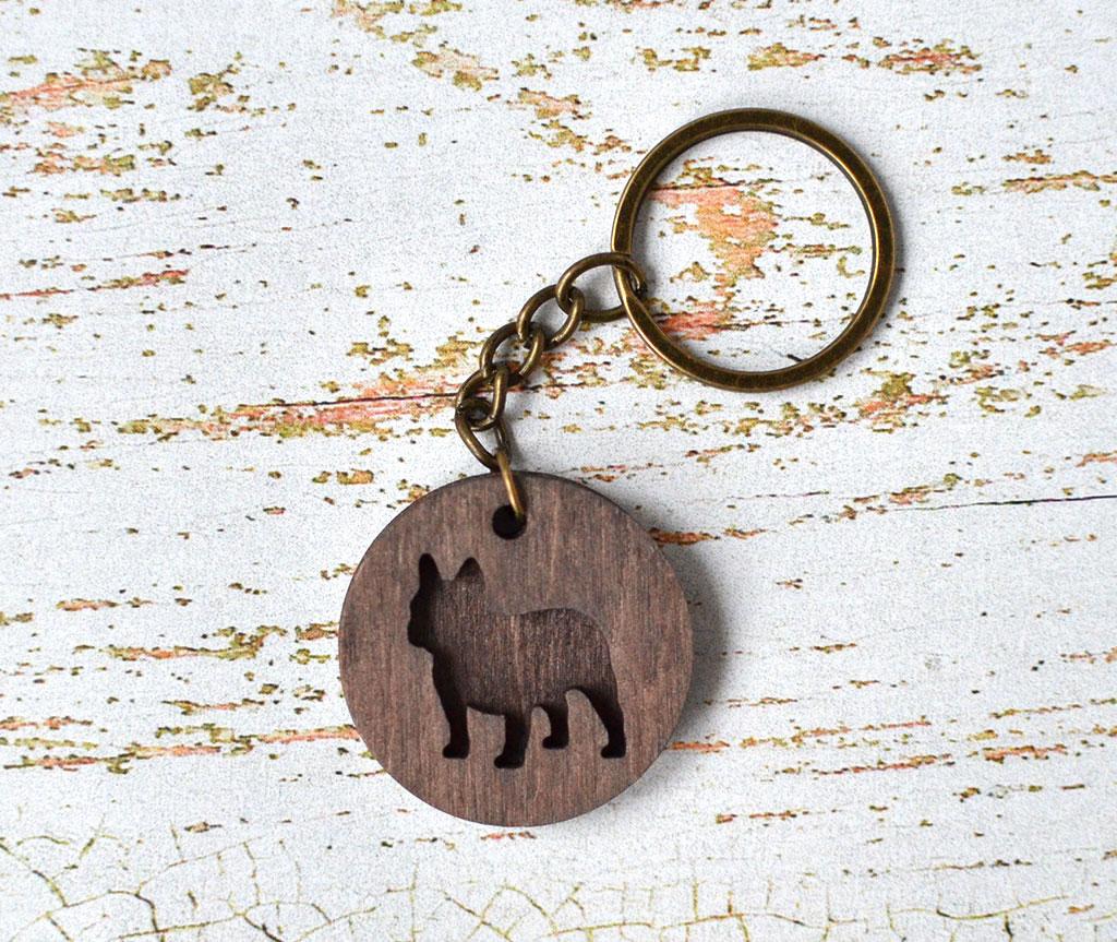 """Деревянный брелок для ключей """"Бульдог"""""""