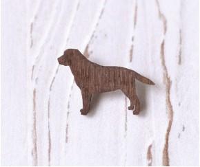 Деревянный значок брошка