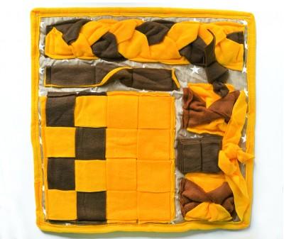 Нюхательный коврик 50*50 / желто-коричн