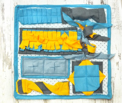 Нюхательный коврик 50*50 см / голубой, мод 1