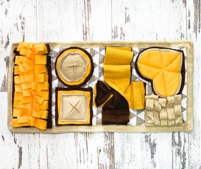 Нюхательный коврик коричнево-желтый | 47*23 см