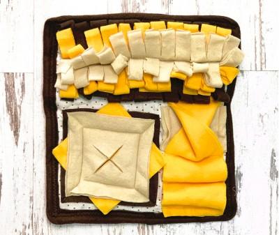 Нюхательный коврик MINIK, коричневый | 30*30 см