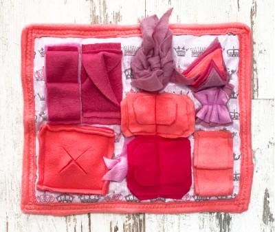 Нюхательный коврик MINIK, розовый | 28*24 см